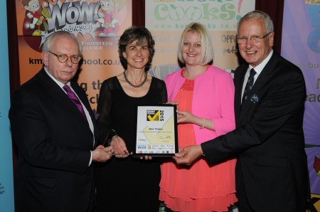 Kent Teacher of the Year Awards 2015 awards presentation ceremony at Leeds Castle, Maidstone OVERALL WINNERS Picture: Wayne McCabe FM3821453
